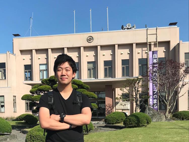 トヨタの海外駐在員から、北海道厚真町へ移住し起業。チャレンジを続けるために(成田智哉さん/ライフシフト年齢30歳)