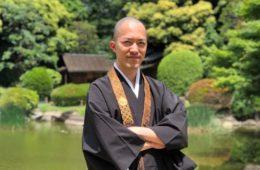 争いのない美しい世界に身を置きたい。弁護士から僧侶になる理由はそれで十分だった(堀江利昌さん/ライフシフト年齢29歳)